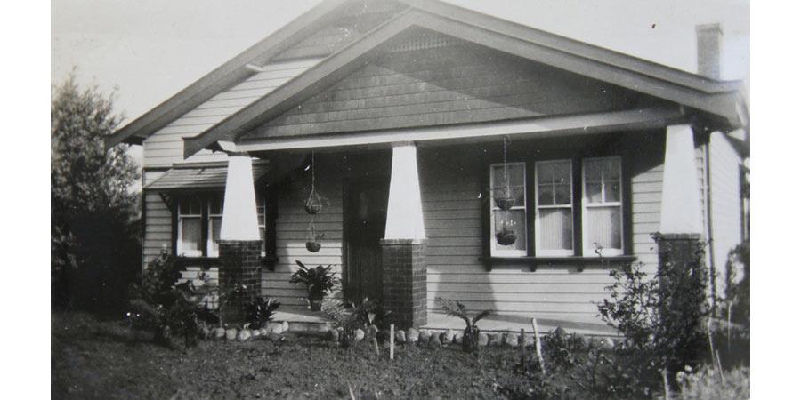 Merricks-House-900-x-450