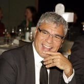 LUNCH WITH WARREN MUNDINE
